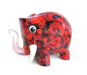 elefante-rojo.jpg.0x675.uznxazlmczcnxw2966tezmf159epnwmi